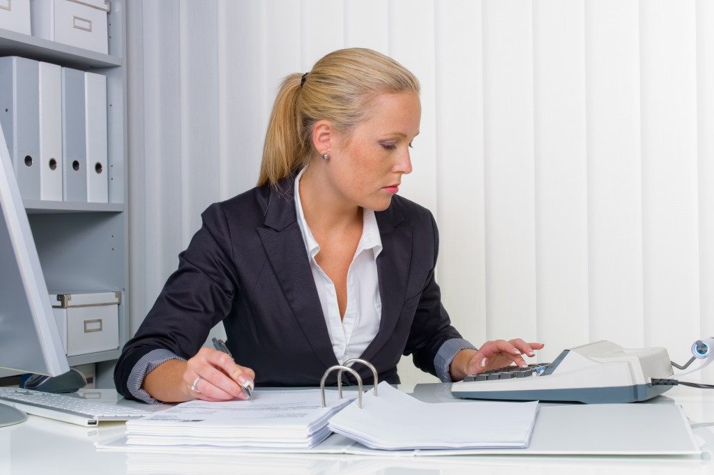 Expense Reports and Responsibilities: Who Do You Question?